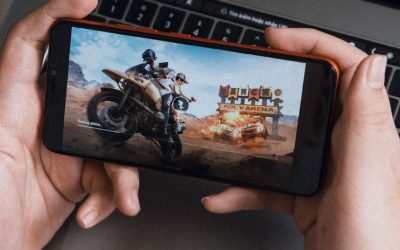 A person playing a online game in phone
